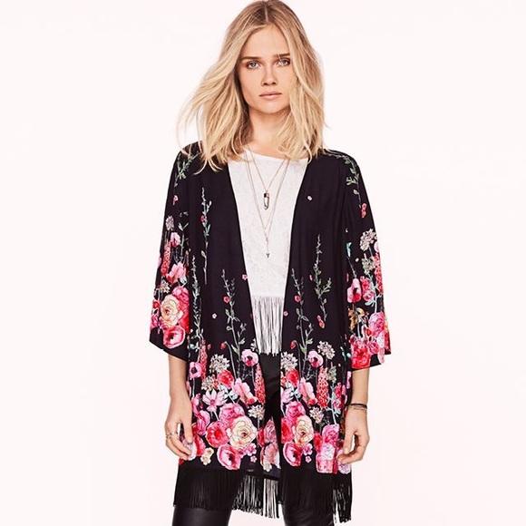 370a3bf43dd6 H&M Jackets & Coats   Hm Love Music Floral Kimono Robe Small   Poshmark